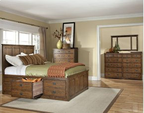 Queen Panel Bed, (1) 3 Drawer Storage, (1) Univ Rail