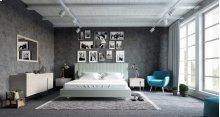 Sleek-Chic Bedroom