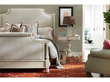 Veranda Queen Bed