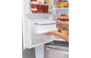 30 cu. ft. Super Capacity 4-Door French Door Refrigerator w/CustomChill® Drawer