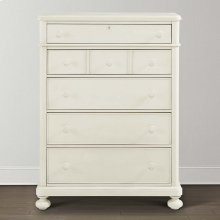 Restoration White Wakefield Chest