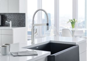 Blanco Solenta Semi-professional Kitchen Faucet - Stainless Finish