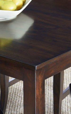 Larkin Leg Table W/4 Chairs