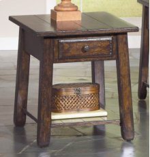 Chairside End Table w/Drawer