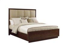 Queen Casa Del Mar Upholstered Bed