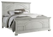 1053 Vintage Revival Queen Bed