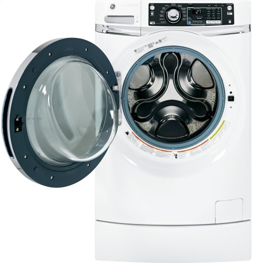 GE® ENERGY STAR® 4.5 DOE cu. ft. capacity RightHeight Design Front Load washer