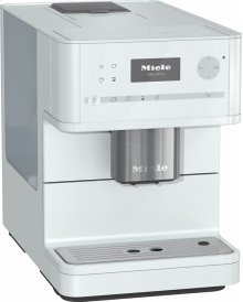 CM 6150 Countertop coffee machine with OneTouch for Two for perfect coffee enjoyment.