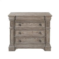 Kingsbury 4 Drawer Bachelor's Chest Product Image