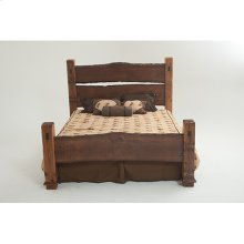 Forest Edge - Deluxe Bed - King Bed (complete)