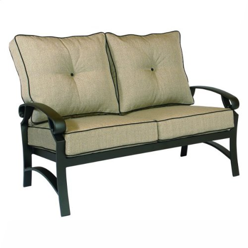 2622F Love Seat