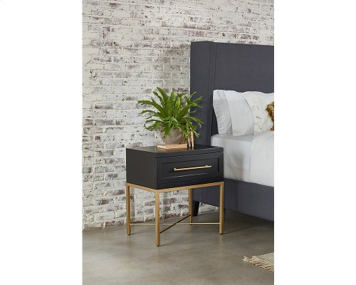 Carbon Proximity Nightstand A