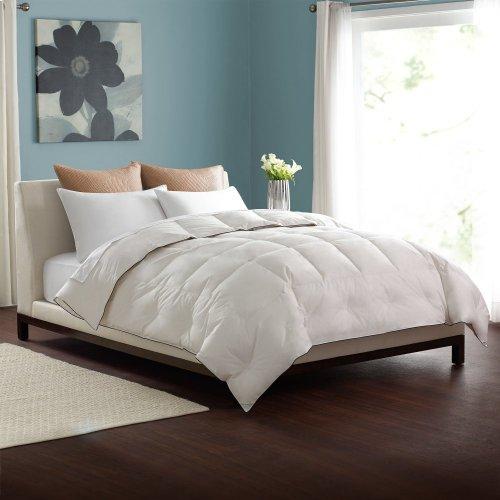 Twin Light Weight Comforter