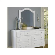 8 Drawer Dresser & Mirror Product Image