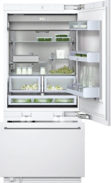 "400 series Two-door bottom freezer with integrated ice maker. Fully integrated Width 36"" (91.4 cm)"