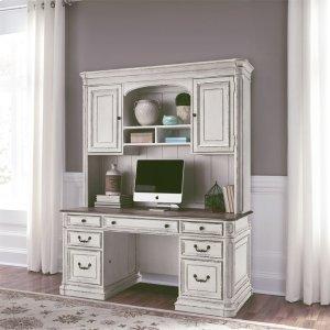 Liberty Furniture IndustriesCredenza & Hutch