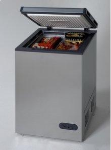 Model CF1116PS - 3.3 Cu. Ft. Chest Freezer - Platinum Finish