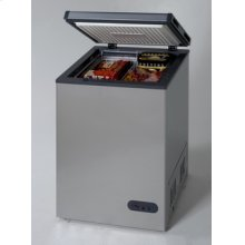 Model CF1116PS - 3.3 Cu. Ft. Chest Freezer - Platinum Finish