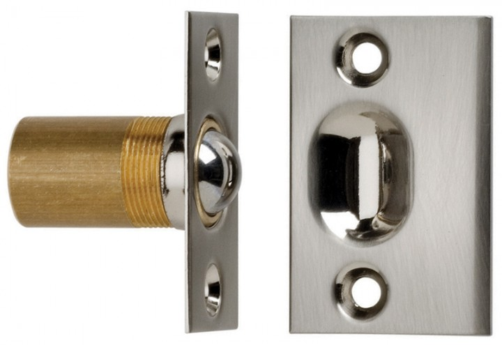 Ball Catch - Solid Brass in US3 (Polished Brass, Lacquered)