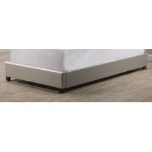 Karley Footboard and Rails - Twin - Embossed Silver With Glass Button