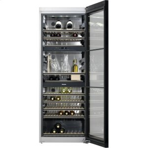 MieleFreestanding wine storage unit FlexiFrame and SommelierSet for the perfect enjoyment of your wine.