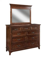 Star Valley Nine Drawer Dresser
