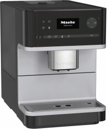CM 6110 Countertop coffee machine with OneTouch for Two for perfect coffee enjoyment***FLOOR MODEL CLOSEOUT PRICING***