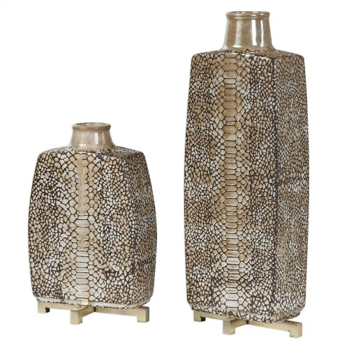 Reptila Vases, S/2