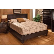 Harbortown Queen Bed Set Brown