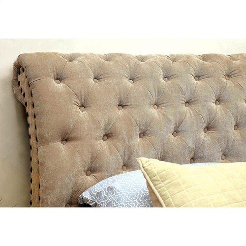 Queen-Size Noemi Bed