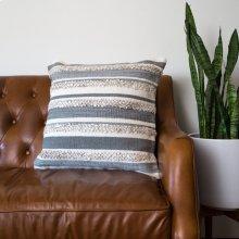 Zander Pillow - Grey / Large