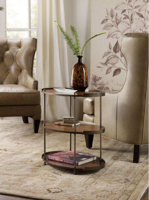Leesburg Chairside Table