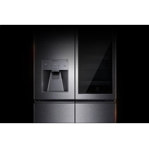 LG AppliancesLG SIGNATURE 31 cu. ft. Smart wi-fi Enabled InstaView Door-in-Door® Refrigerator