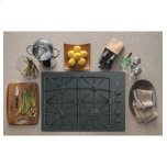 """Ge(r) 30"""" Built-In Gas On Glass Cooktop With Dishwasher Safe Grates"""