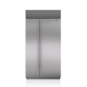 "Subzero42"" Classic Side-by-Side Refrigerator/Freezer with Internal Dispenser"