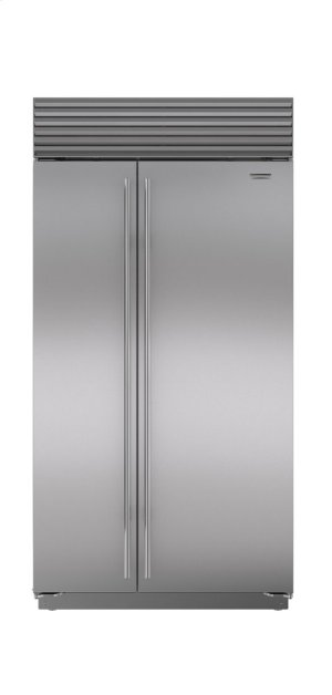 """42"""" Classic Side-by-Side Refrigerator/Freezer with Internal Dispenser"""