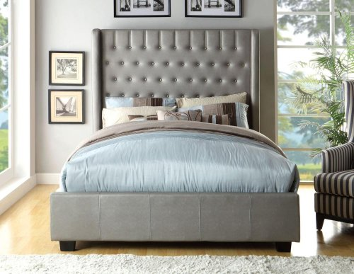 Queen-Size Mira Bed