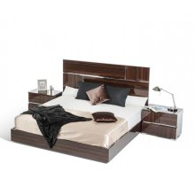 Modrest Picasso Italian Modern Ebony Lacquer Bed