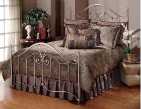 Doheny Queen Bed Set