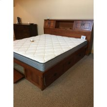 Gallatin Classic Mission Platform Bed