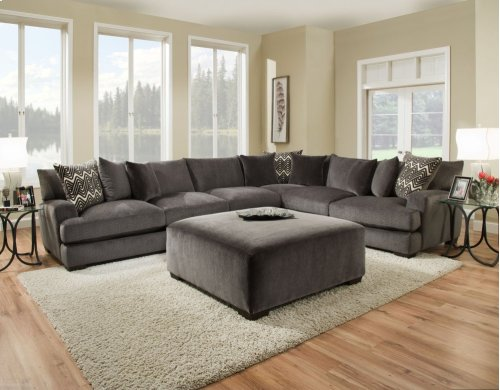 1600 Ultimate Platinum Sectional