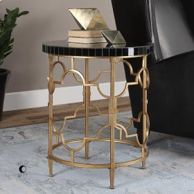 Mosi, Accent Table
