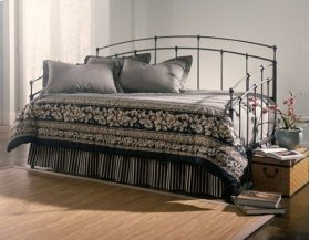 Fenton Daybed