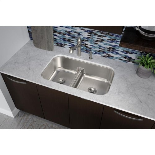 """Elkay Lustertone Classic Stainless Steel, 34-5/8"""" x 21-1/8"""" x 8-3/4"""", 40/60 Double Bowl Undermount Sink w/Aqua Divide"""