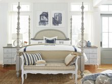 The Dogwood Queen Bed
