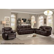 Motion Reclining Loveseat with Console