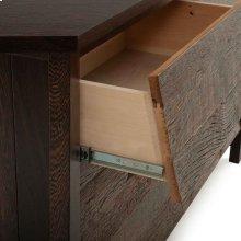 Carlisle 4 Drawer Dresser