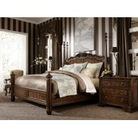 Poster Queen Bed Product Image