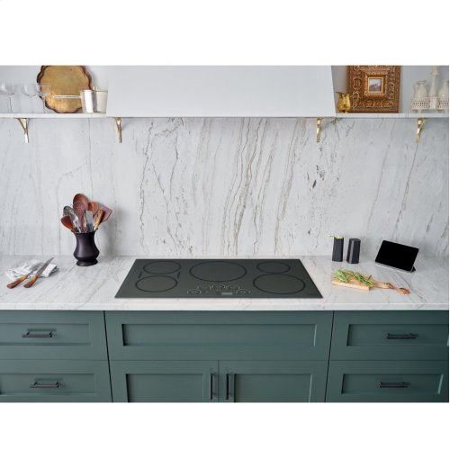 """Café 36"""" Built-In Touch Control Induction Cooktop"""