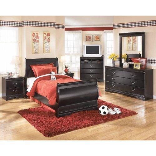 Huey Vineyard - Black 7 Piece Bedroom Set (Full Size)